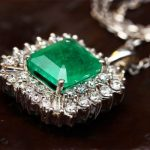 Influence of Emerald Stone on Your Career